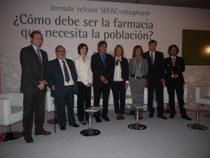 Participantes debate sobre la visión de la farmacia comunitaria en España